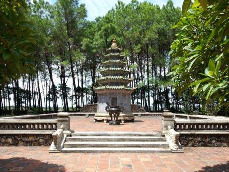 Shrine in the gardens of Thien Mu Pagoda