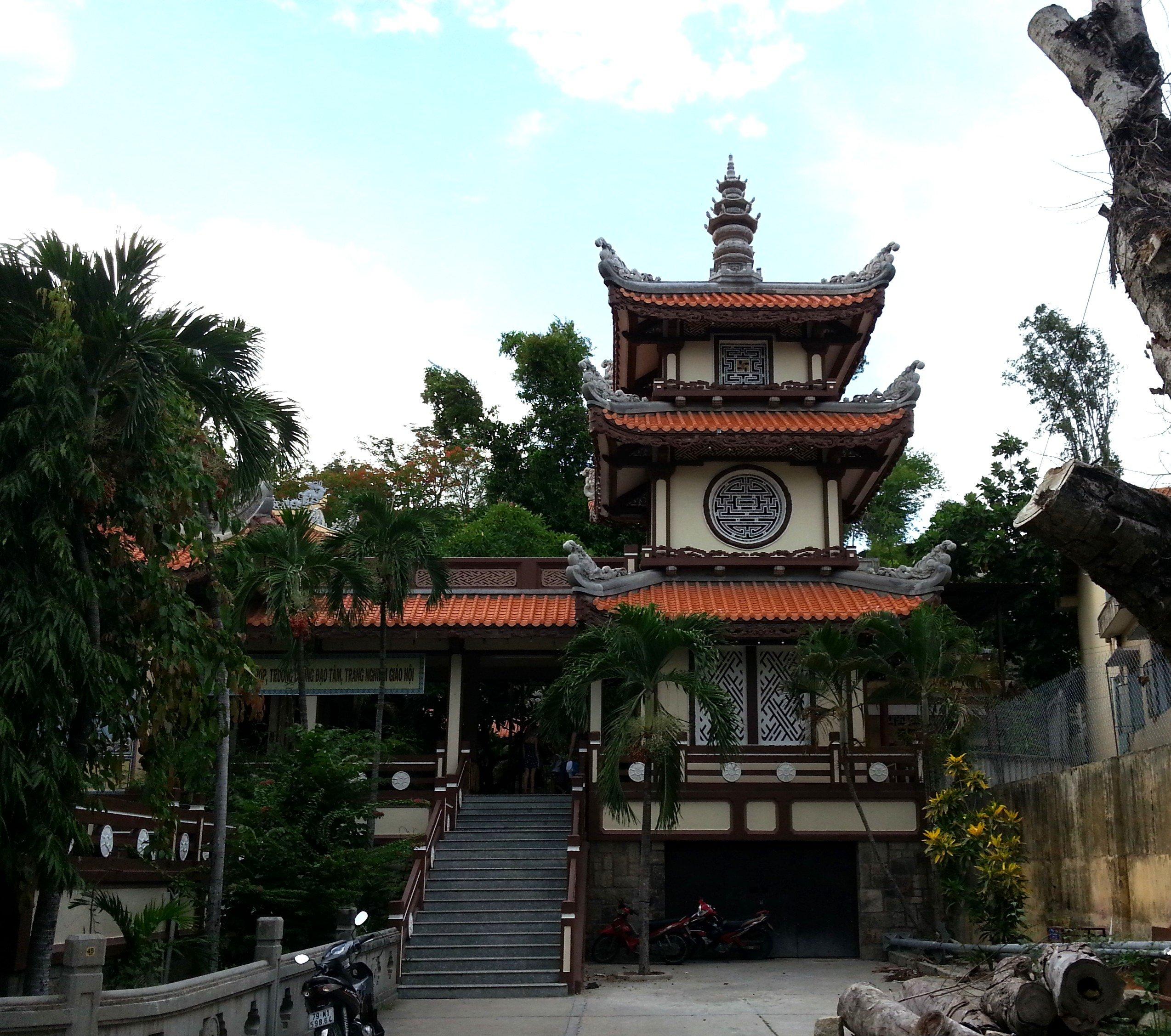 Long Son Temple