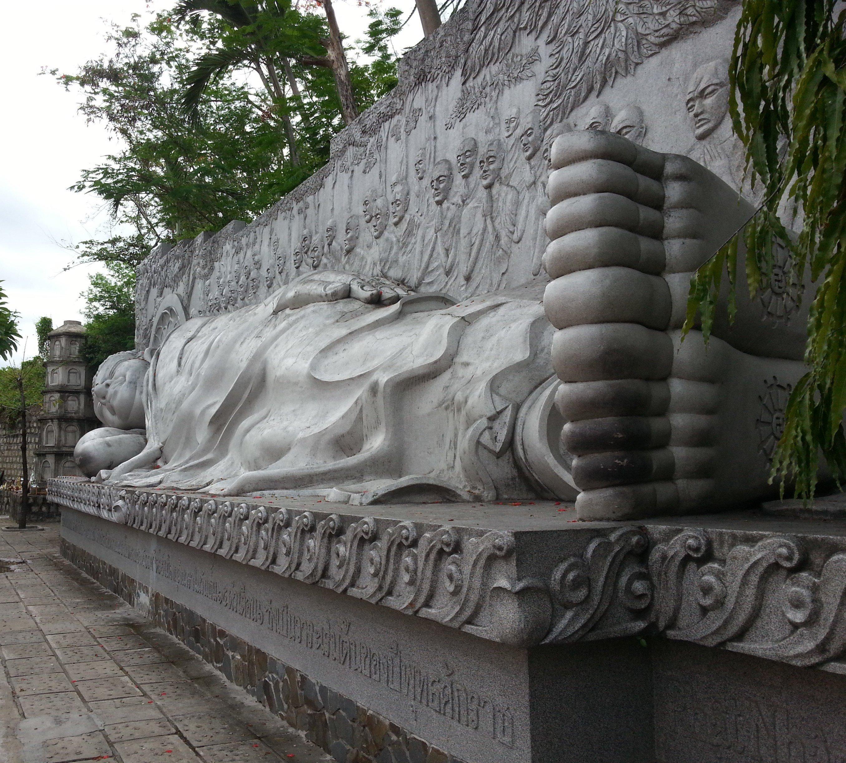 Reclining Buddha at Long Son Pagoda