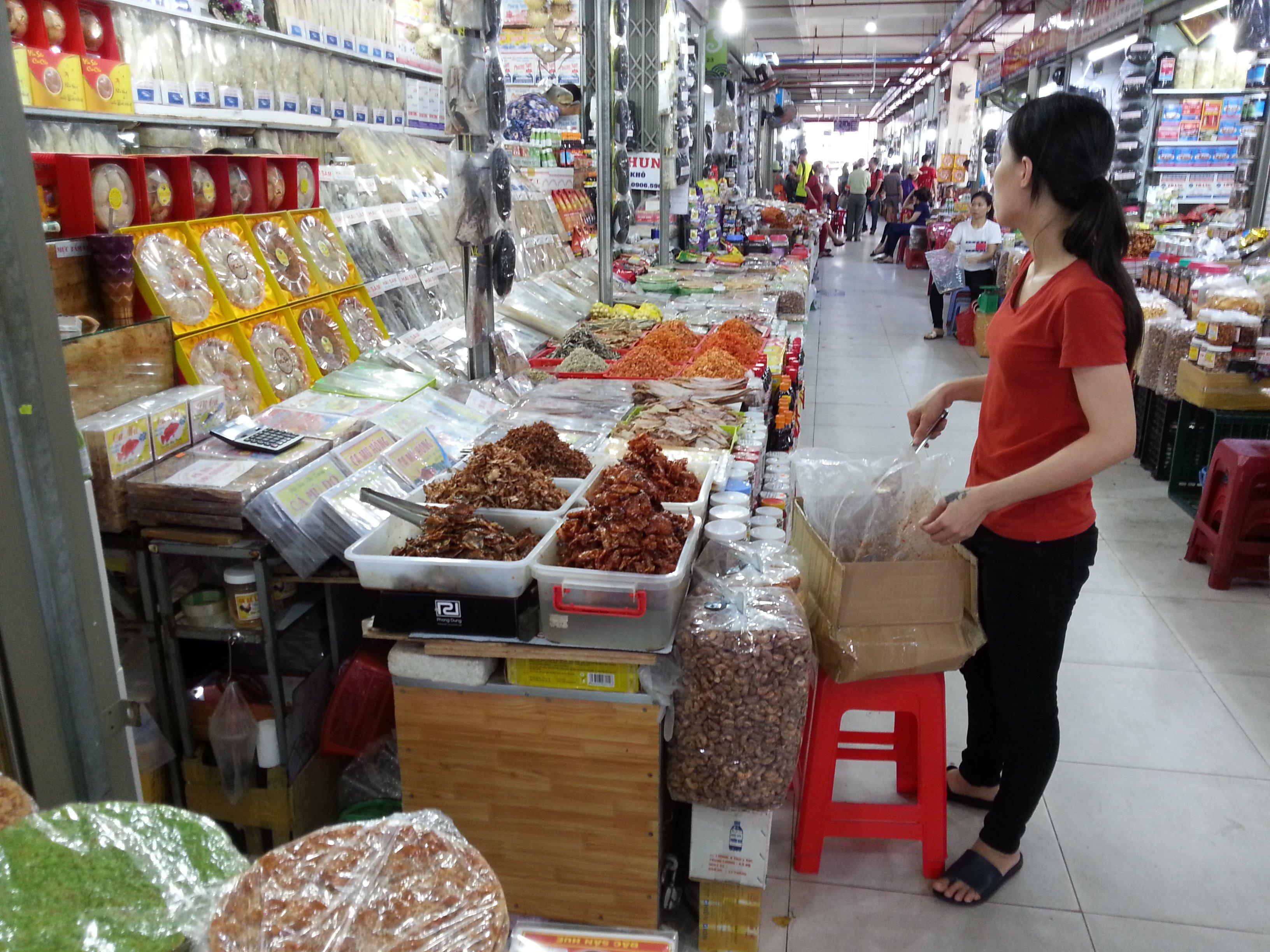 Dried shrimp and fish at Dam Market