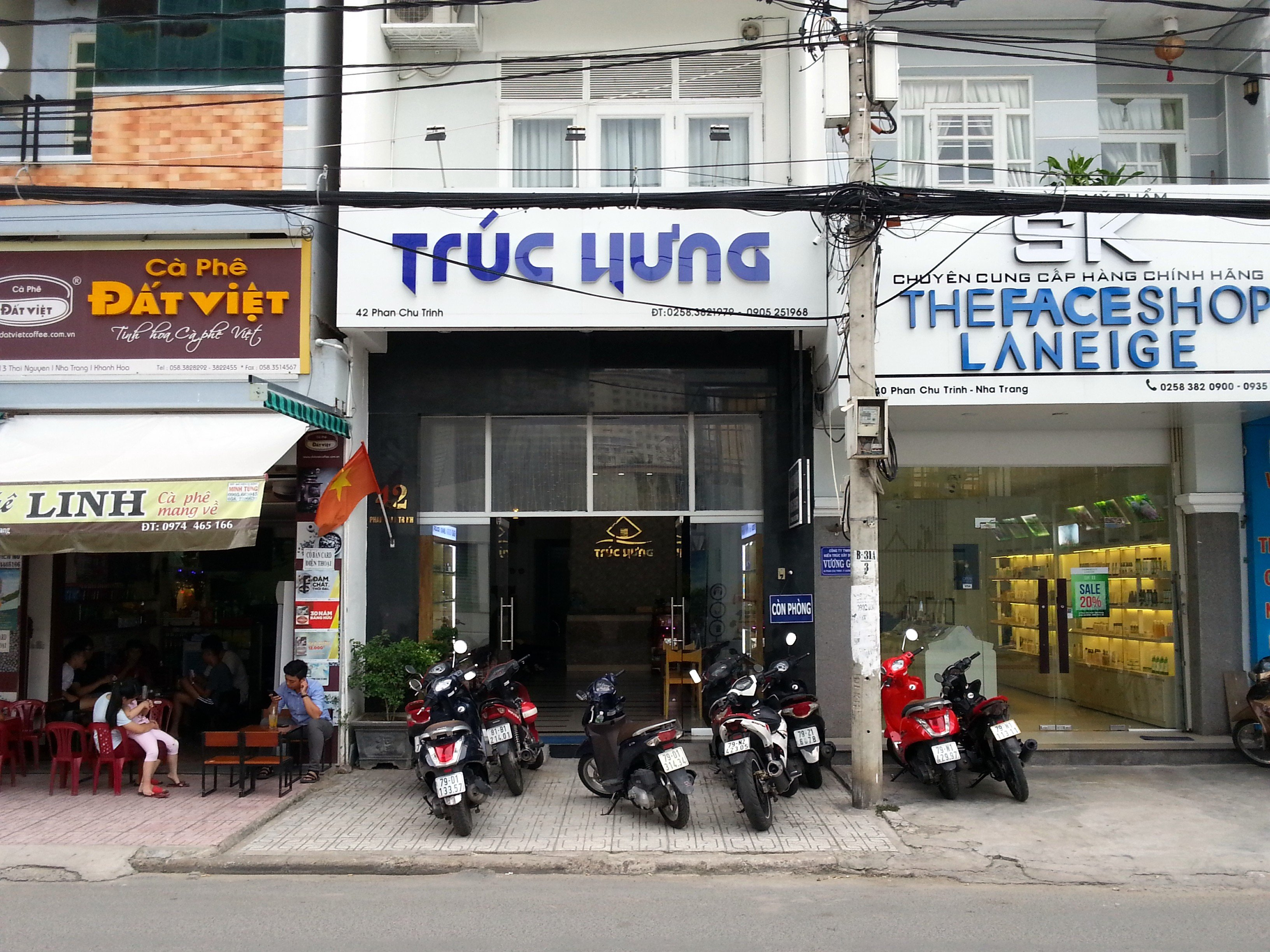 Front of the Truc Hung Hotel