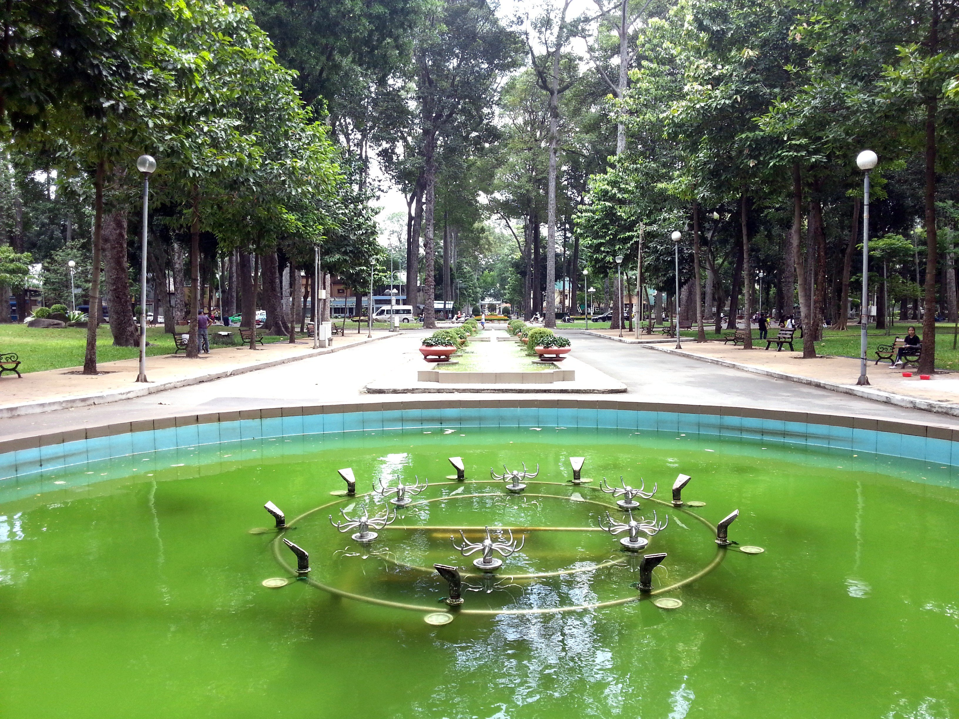 Leafy walkways in Tao Dan Park