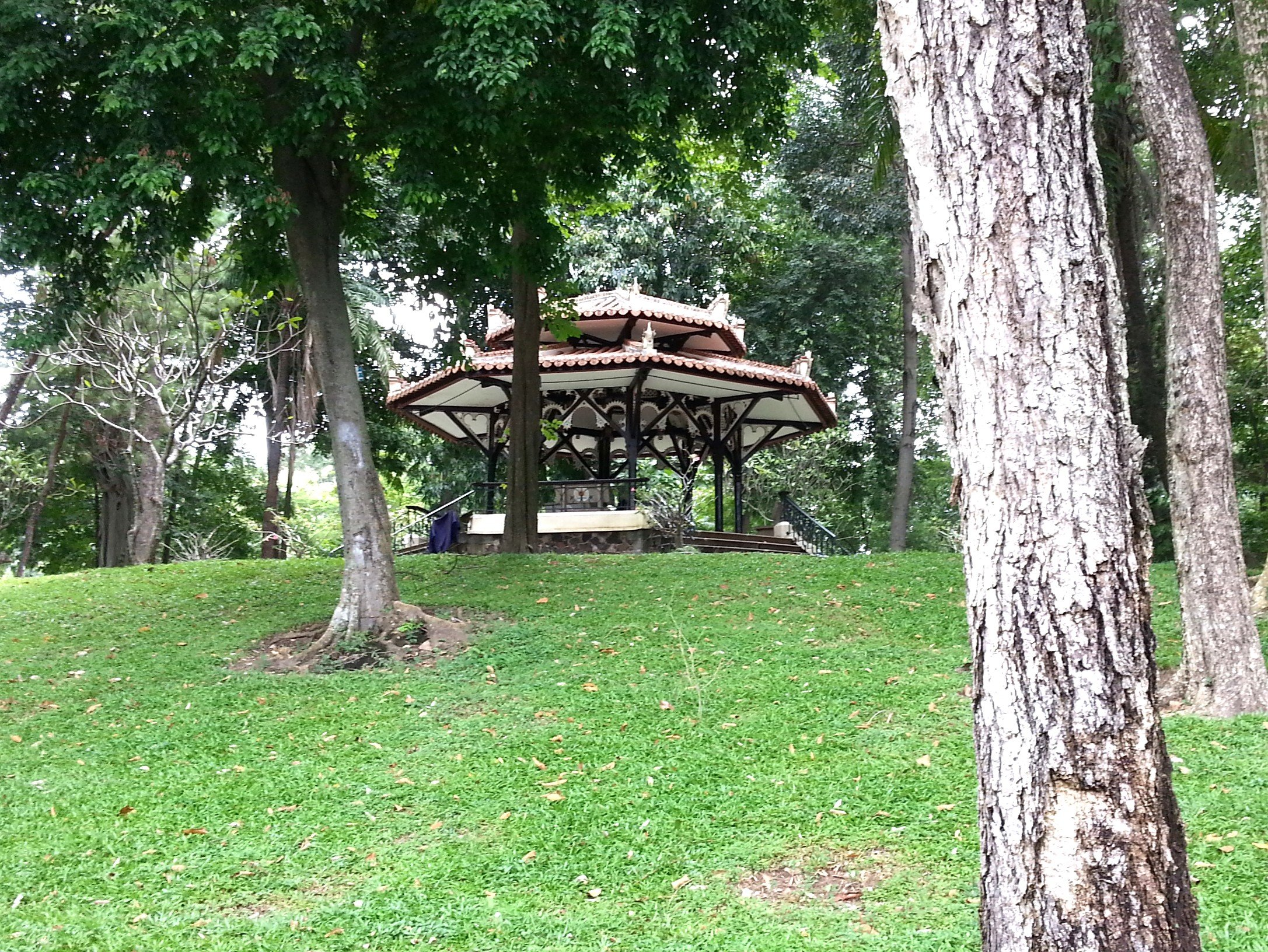 Pavilion in the gardens of the Reunification Palace